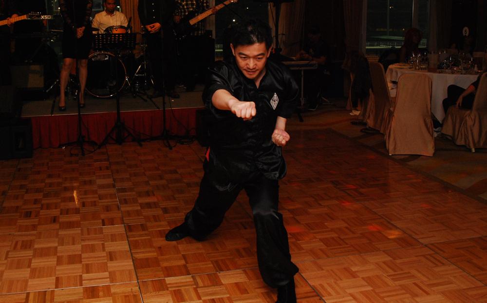 Vincent Liu - Hung Ga Straight Punch